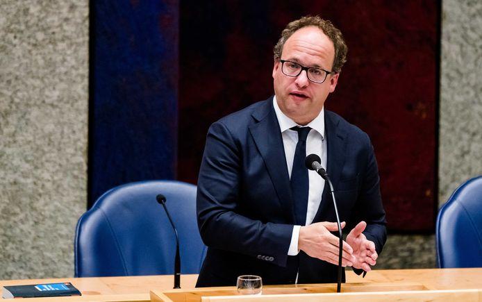 Minister Wouter Koolmees van Sociale Zaken en Werkgelegenheid (D66) tijdens een Tweede Kamerdebat.