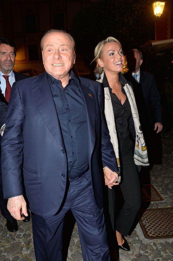 Silvio Berlusconi met zijn ex-partner Francesca Pascale.