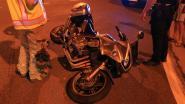 Passagier op motor zwaargewond bij aanrijding aan verkeerslicht, bestuurder van auto test positief op alcohol