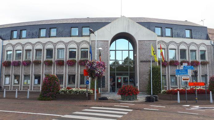 De gemeente verkoopt waardebonnen om de horeca te steunen en legt 2.50 euro bij.