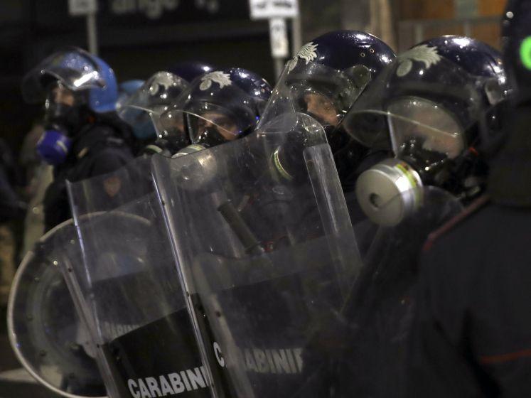 Hevige protestgolf in Italië tegen nieuwe coronamaatregelen