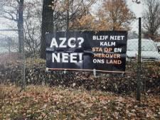 Rechtsextremisten in actie tegen heropening azc, Azeloërs niet blij met 'steun'
