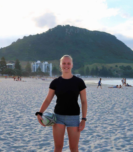 Rugbyster Lisa Egberts uit Nijmegen leeft als een vip in Nieuw-Zeeland