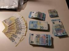 Man met duizenden euro's in zijn auto opgepakt voor witwassen