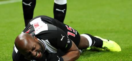 Steve Bruce over 'zware blessure' Jetro Willems: 'Ziet er niet goed uit'