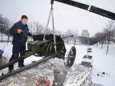 Duits kanon richt zijn loop weer op de Waalbrug