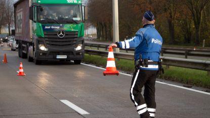 Twee opleggers met gevaarlijke goederen vertonen ernstige gebreken tijdens controle