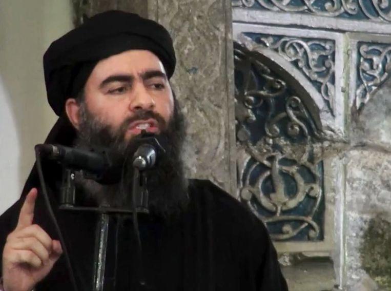 Abu Bakr al-Baghdadi tijdens een toespraak in juli. Beeld ap