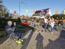Tóch een feestmuts voor 90-jarige Ad uit Haaren