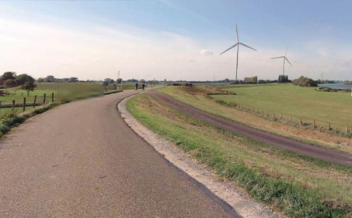 Impressie van de windmolens die bij Angeren moeten komen, gezien vanaf de dijk aan de Doornenburgse zijde. De windmolens staan hier hemelsbreed respectievelijk 1200 en 1800 meter vandaan