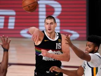Jokic helpt Denver Nuggets na sterke comeback tegen Jazz naar halve finales in play-offs