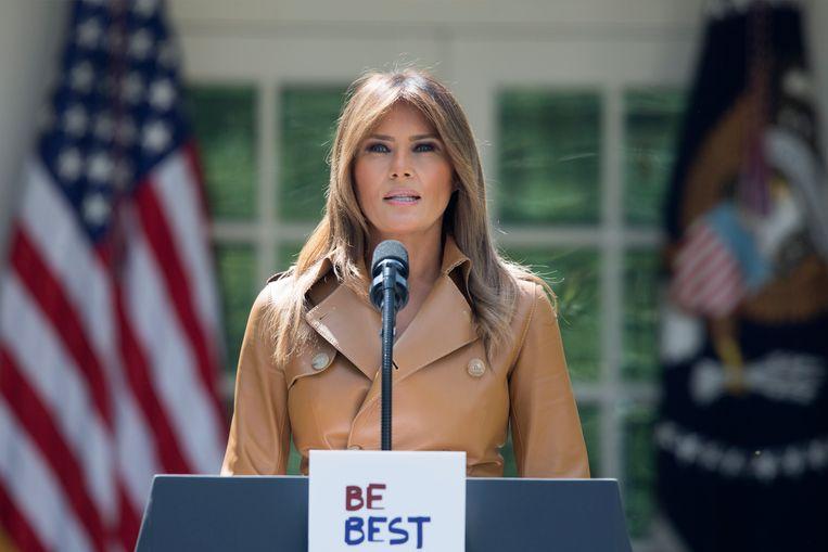 Melania Trump kondigt haar project 'Be Best' aan in de Rose Garden van het Witte Huis.