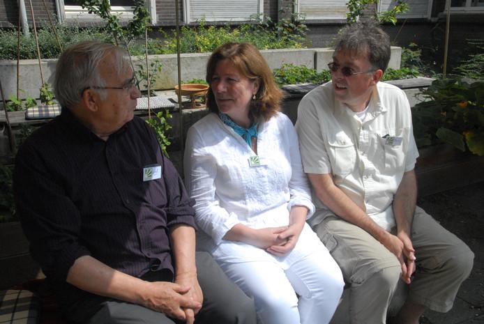 Wiel Palmen (stichting Hatemalo) en de organisatoren Karin Noltee (Living Mindfull) en Thierry Kroes (Think)