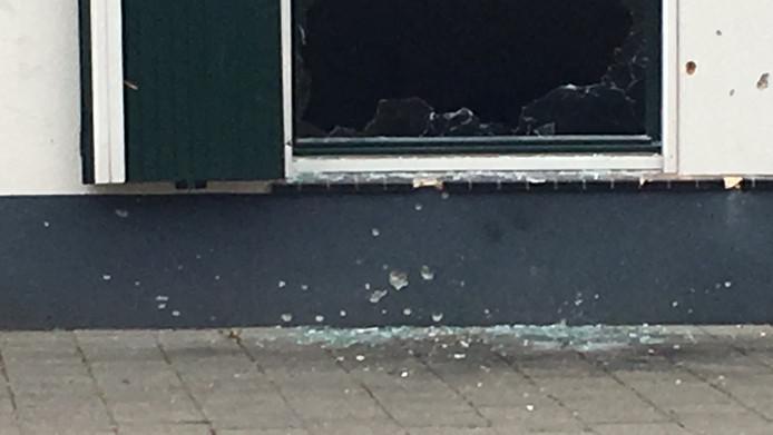 De plek waar het explosief tot ontploffing kwam in Oss.