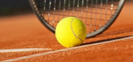 98 woningen aan Couperuslaan, tennishal naar Trivium