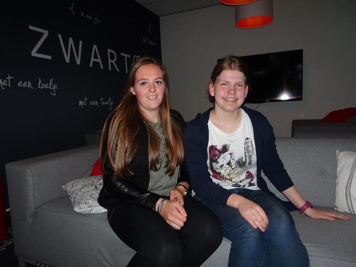 Danique Meeuwsen en Melyssa Galuska knokken voor hun eindexamens.