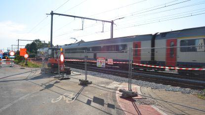 Melding van spoorlopers aan afgesloten overweg in Kopkapelwijk