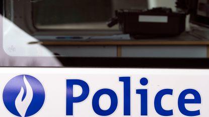 Lichtgewonde bij ongeval met politievoertuig