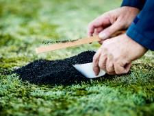 Scherp toezicht op rubberkorrels buiten sportvelden om grondverontreiniging te voorkomen