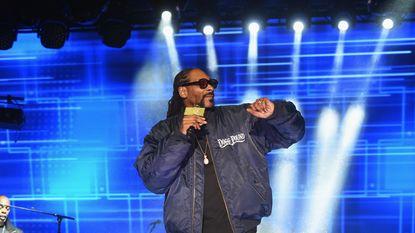Snoop Dogg richt pijlen wederom op Donald Trump