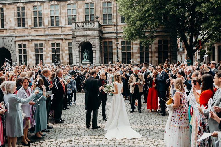 Het trouwfeest van Julie Van Hassel en Charlie Morrison verscheen in het toonaangevende magazine Harper's Bazaar.