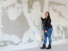 Kristel (25) krijgt als eerste sleutel van appartement Stadskeerkring