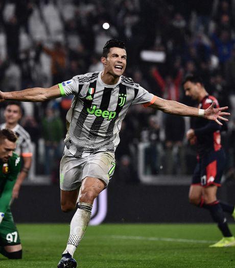 Ronaldo redt Juve in blessuretijd tegen tien man Genoa