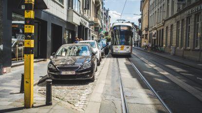 Binnenkort gedaan met auto's die trams blokkeren?