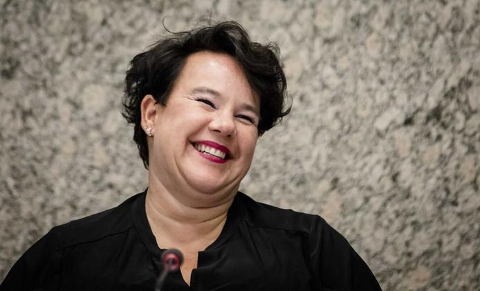 Staatssecretaris Sharon Dijksma van Infrastructuur en Milieu, twee weken geleden tijdens het debat over Lelystad Airport.