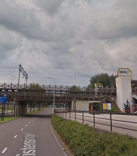 Reiziger laat station Den Bosch Oost links liggen, NS weet ook niet waarom
