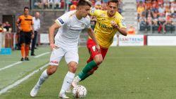 FT België. Oostende niet blij met Genkse uitspraken over grasmat - Geen breuk voor Cobbaut - Veldbestormer kost Anderlecht en Kortrijk 2.000 euro