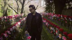 """Sergio Herman herdenkt doodgeboren zoontje Josha in Japan: """"We zijn blij dat we hem nog gezien hebben"""""""