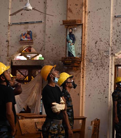 Bomexperts blazen busje met explosieven op bij kerk in Sri Lanka