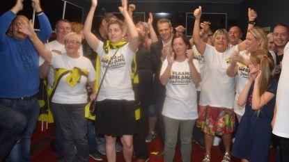 Vlaams Belang organiseert zelf actie aan gemeentehuis