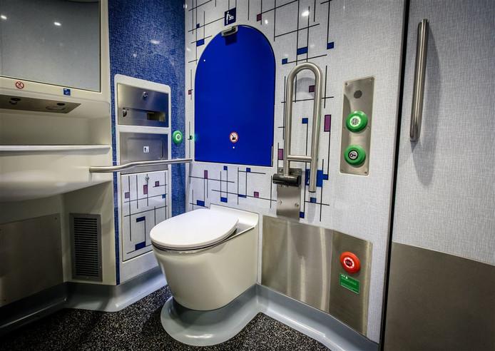 NS besloot eerder nieuwe Sprinters te voorzien van toiletten.