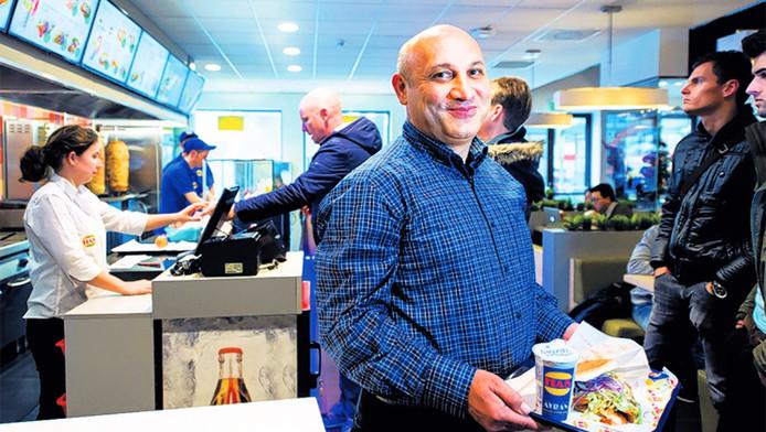 Directeur Murat Karaulu: Onze menu's smaken in elk Has-filiaal hetzelfde.