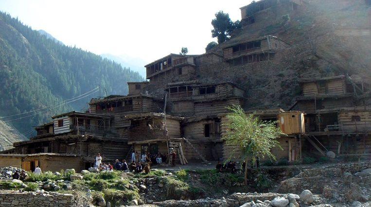 Een Kailash-dorp in de bergen van Chitral Beeld epa