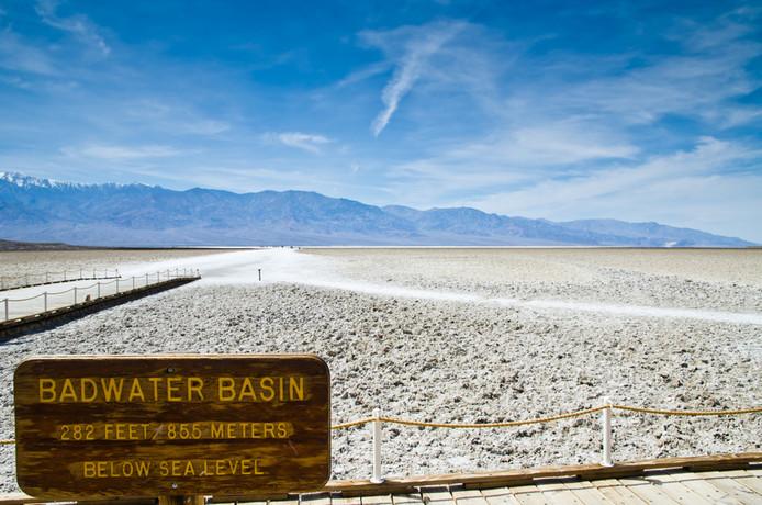 Badwater Basin in Death Valley, het laagste droge punt op aarde.