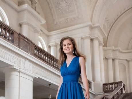 La princesse Elisabeth resplendissante pour ses 18 ans