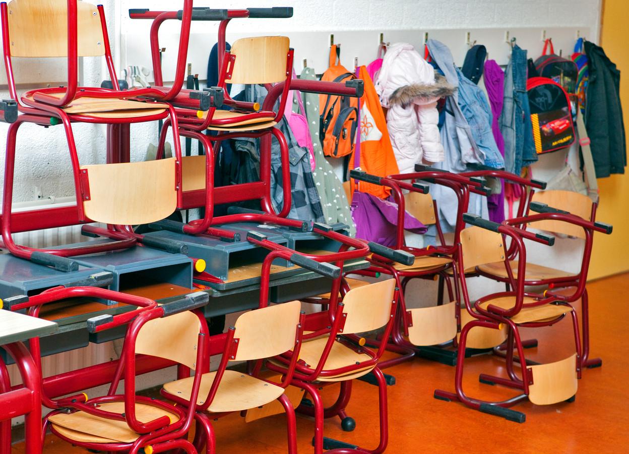Scholen in Hengelo zijn geopend voor kinderen met ouders in vitale beroepen en voor kwetsbare leerlingen.
