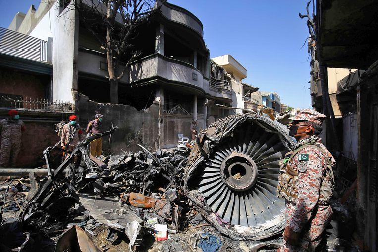 Een toestel van Pakistan International Airlines stortte vorige maand neer in een woonwijk in de Pakistaanse miljoenenstad Karachi.