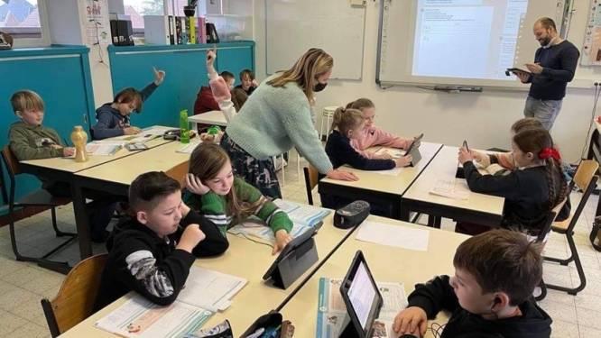 """Leerkrachten De Driesprong behalen certificaat 'Apple Teacher': """"Digitale vaardigheden kleuters essentieel voor verdere schoolcarrière"""""""