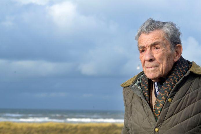 Eddie Jonker, oud-directeur van Vredestein, Blijdenstein Willink,  Engelandvaarder en stichter museum Engelandvaarders is dinsdag op 99-jarige leeftijd overleden.