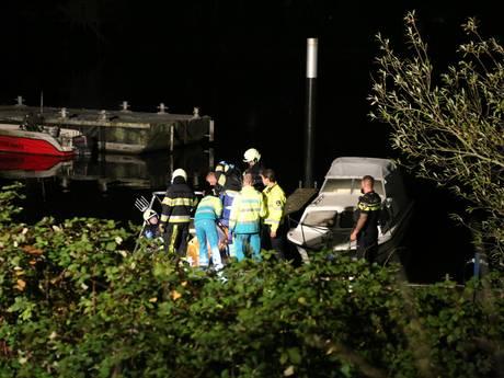 Een vrouw is in haar boot badend in benzine gevonden in Heusden