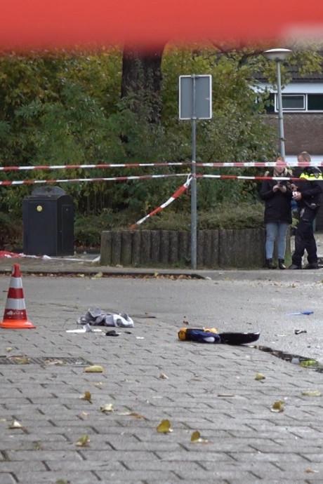 Politie schiet vrouw neer voor oog van basisschoolleerlingen in Alkmaar