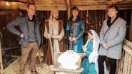 Kunstenaars maken nieuwe Maria, Jozef en kindje Jezus voor kerststal