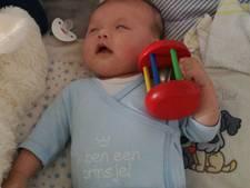 Baby Miguel uit Reusel zal snel uit beide oogjes kunnen zien