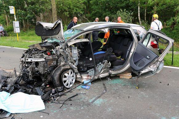 In deze auto viel 1 dode, een man van 67 jaar.