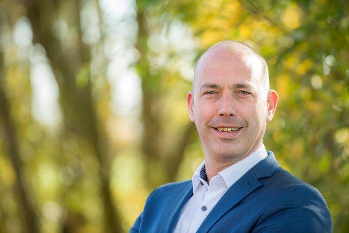 Daan Russchen, wethouder namens de PvdA, dient zijn ontslag in.