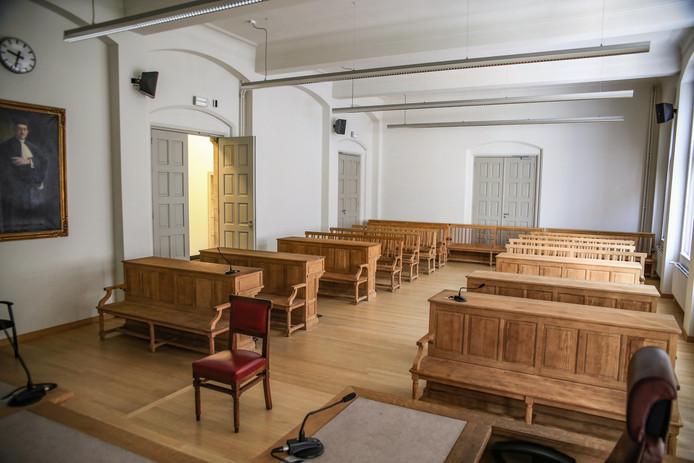 Vrouw vraagt op de rechtbank van Ieper mildheid aan de rechter.